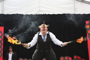 the great gordo gamsby adelaide fringe sword swallow fire juggle